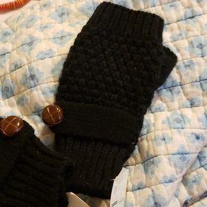 Whitney Eve Black Fingerless Gloves